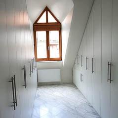 Begehbare Kleiderschraenke für den kleinsten Raum
